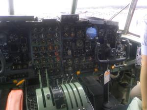 C1300663